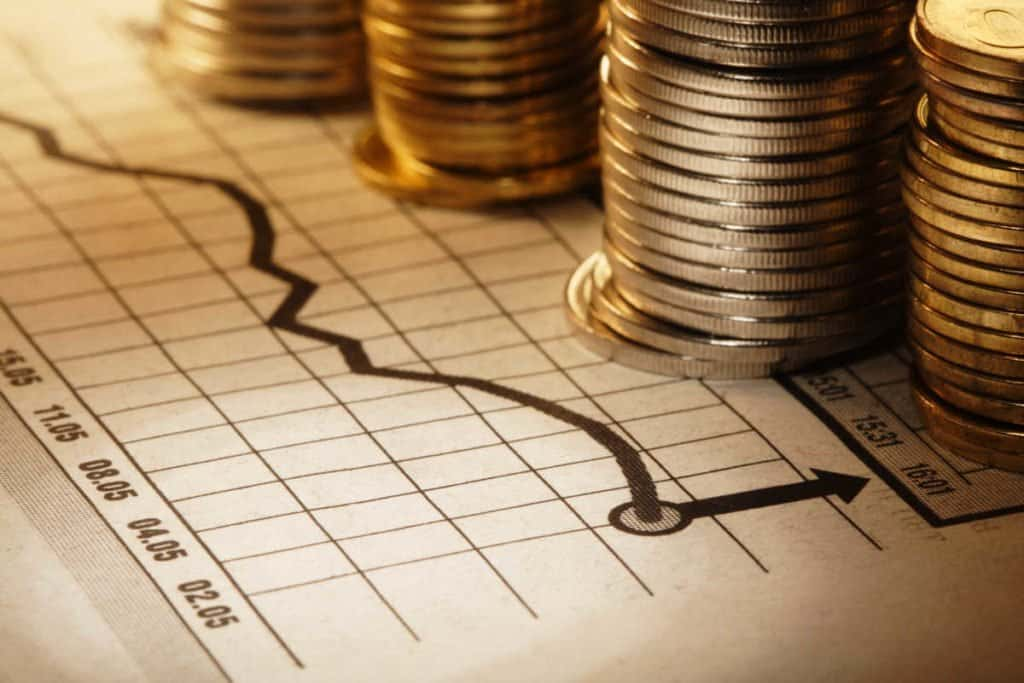 Economia real: o que é, como funciona e como investir