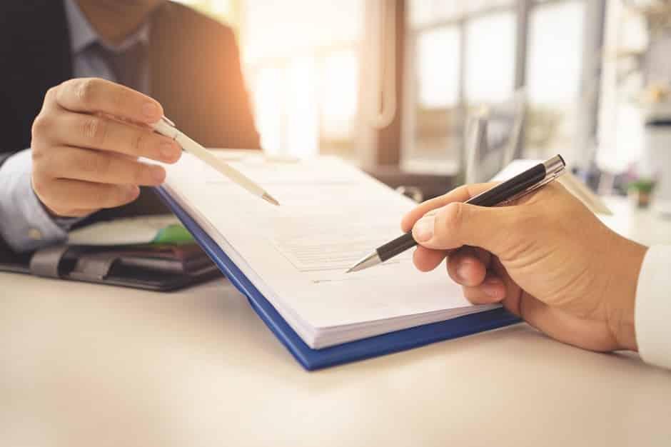 O que é contrato social: tipos, cláusulas e como fazer